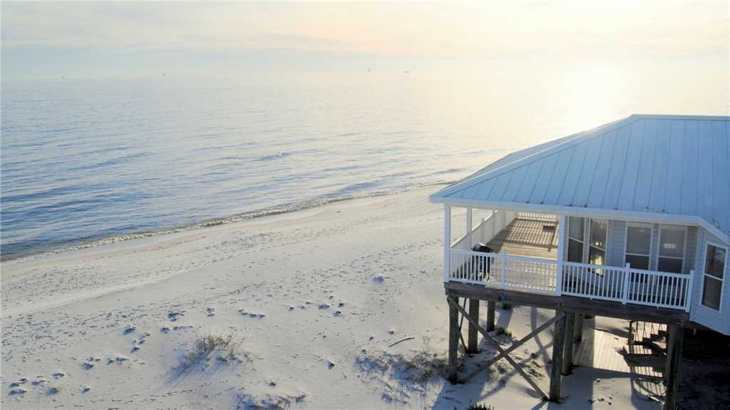 Beautiful New Gulf-front 3Br/3.5 Ba with Screened Porch