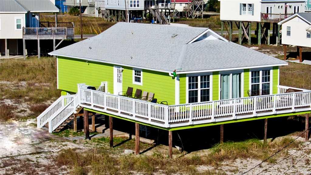 Seafari! 2 Bedroom Beach Cottage