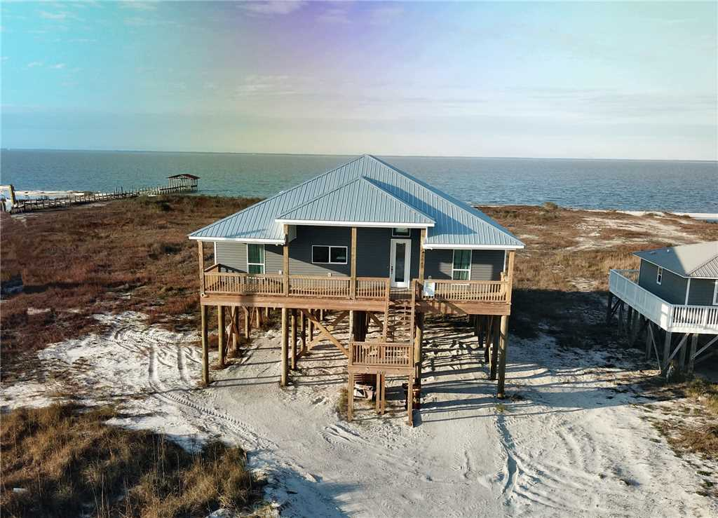 Beautiful New Bayfront Rental on Dauphin Island