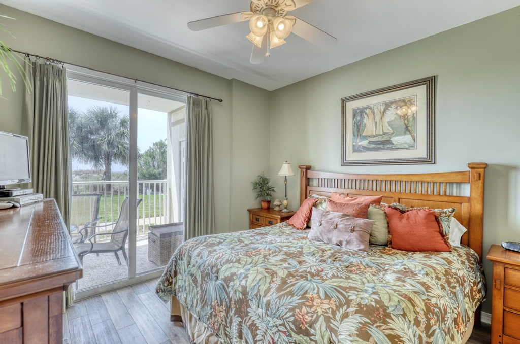 Master Bedroom with view of gulf and King Size Bed