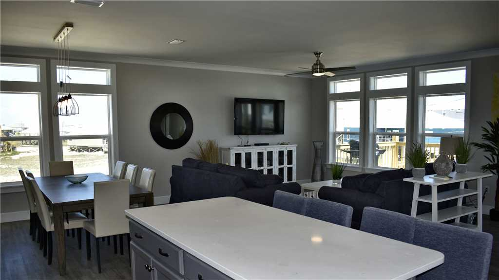 great room Island Time V Dauphin Island vacation rentals