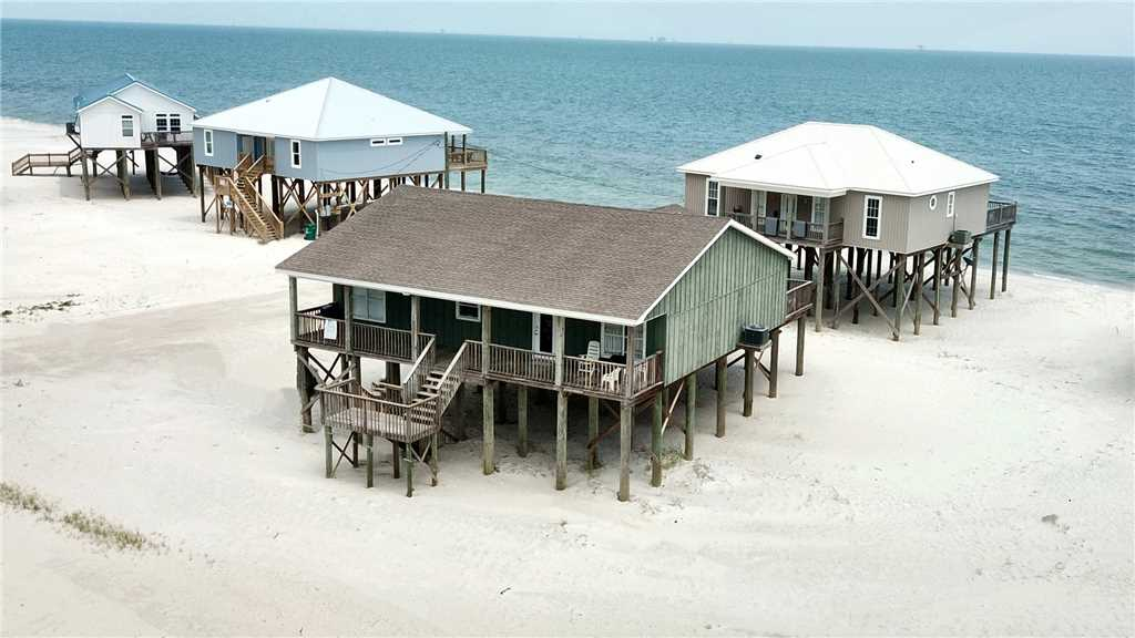 Gulf-side 4 Bedroom House with great Gulf views