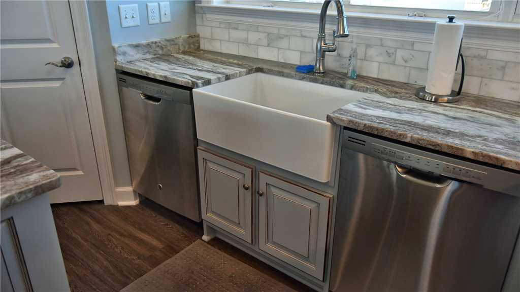 Farm sink and Double Dishwashers
