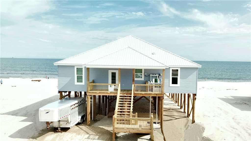 New, Large 4 Bedroom Gulf-front Beach House!