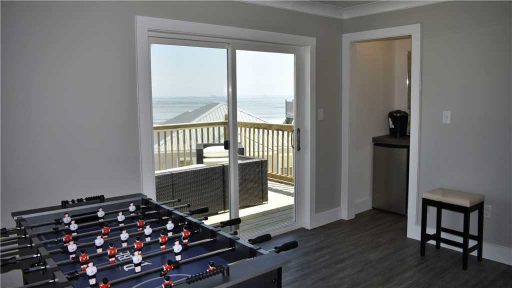 Game Room fith Foosball, Keurig Wetbar, Fridge and Gulf-view balcony