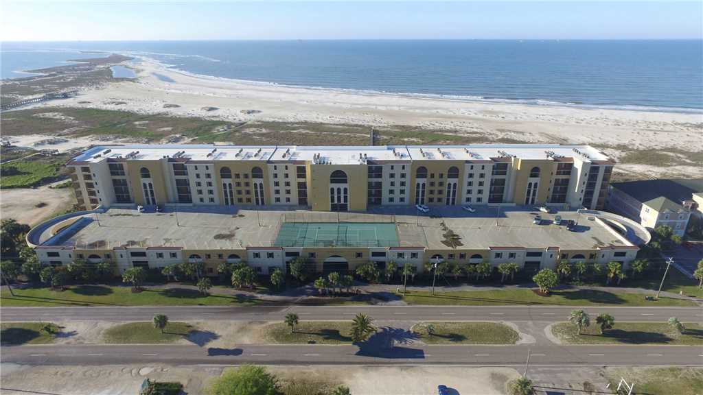 Holiday Isles Condo Rentals on Dauphin Island