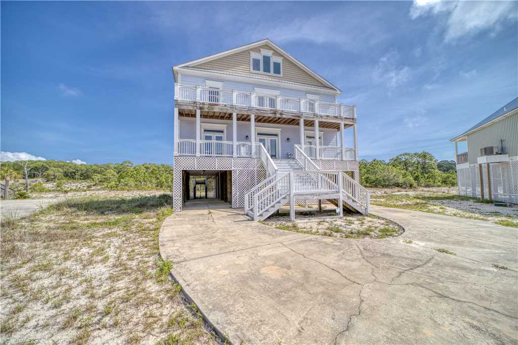 Purple Parrot Pet Friendly Dauphin Island Vacation Home