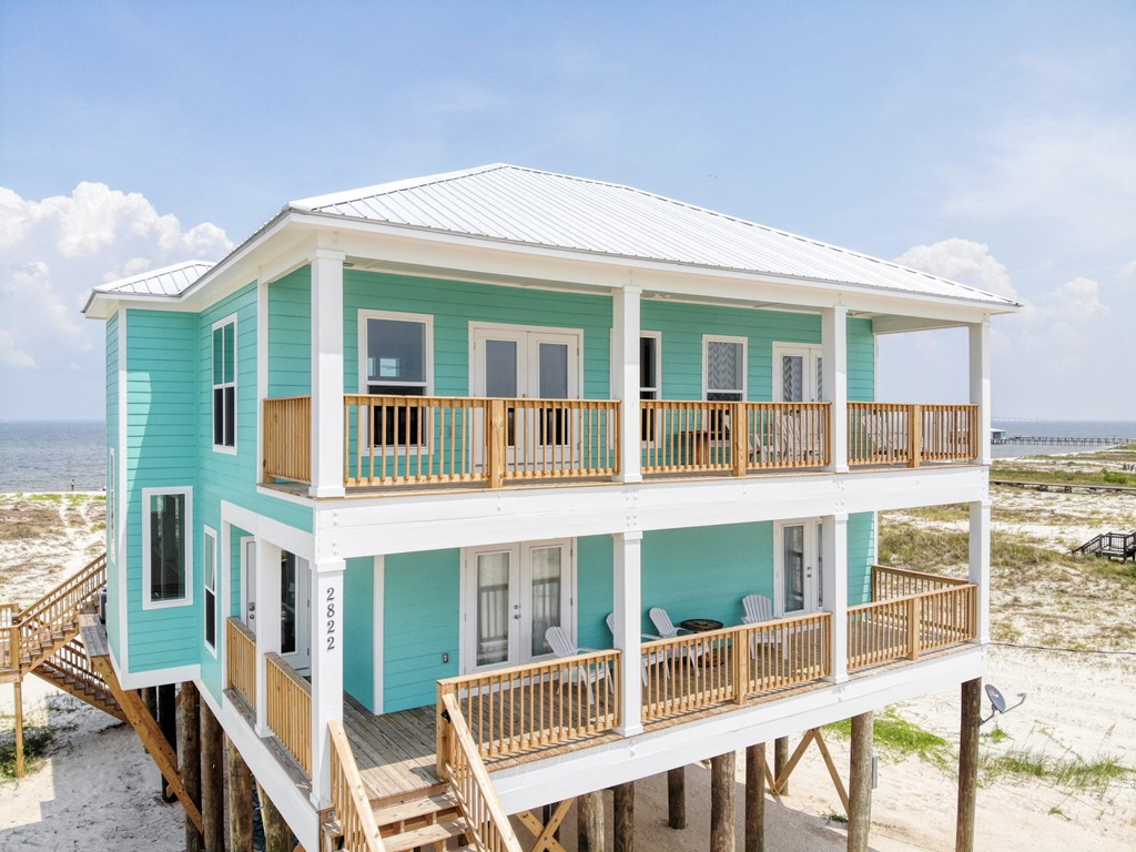 Beautiful NewBayfront Home with Game Room. Great Gulf and Bay views!
