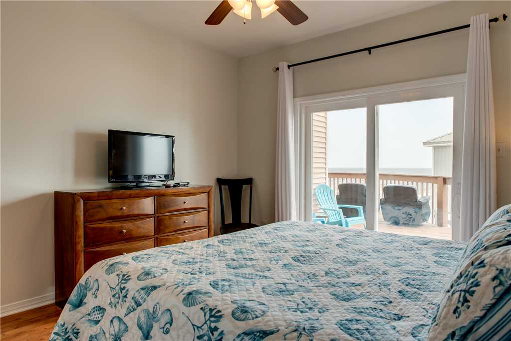1st Floor Gulf View Bedroom Dauphin Island