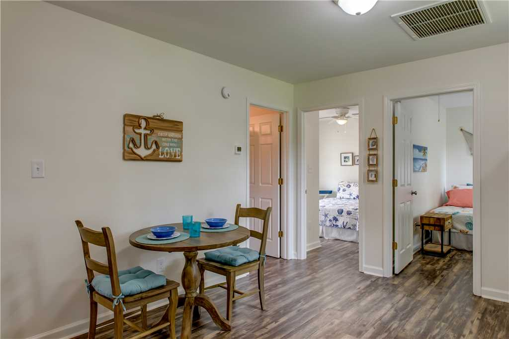 Dauphin Island Vacation Cottage Dining
