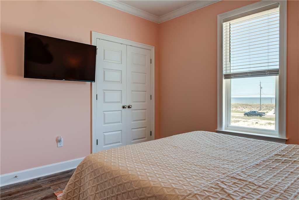 32 SW Bedroom 2 Dauphin Island Beach House