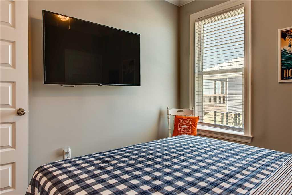 41 TVs in Bedrooms Dauphin Island Vacation Rental