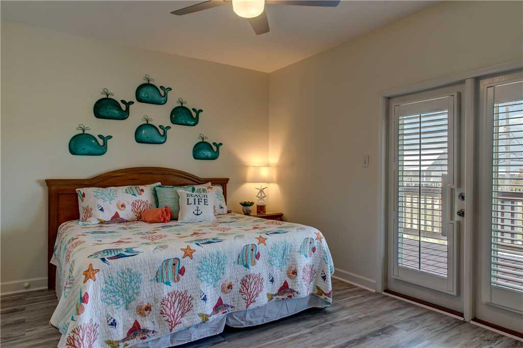 40 NW King Bedroom Dauphin Charm