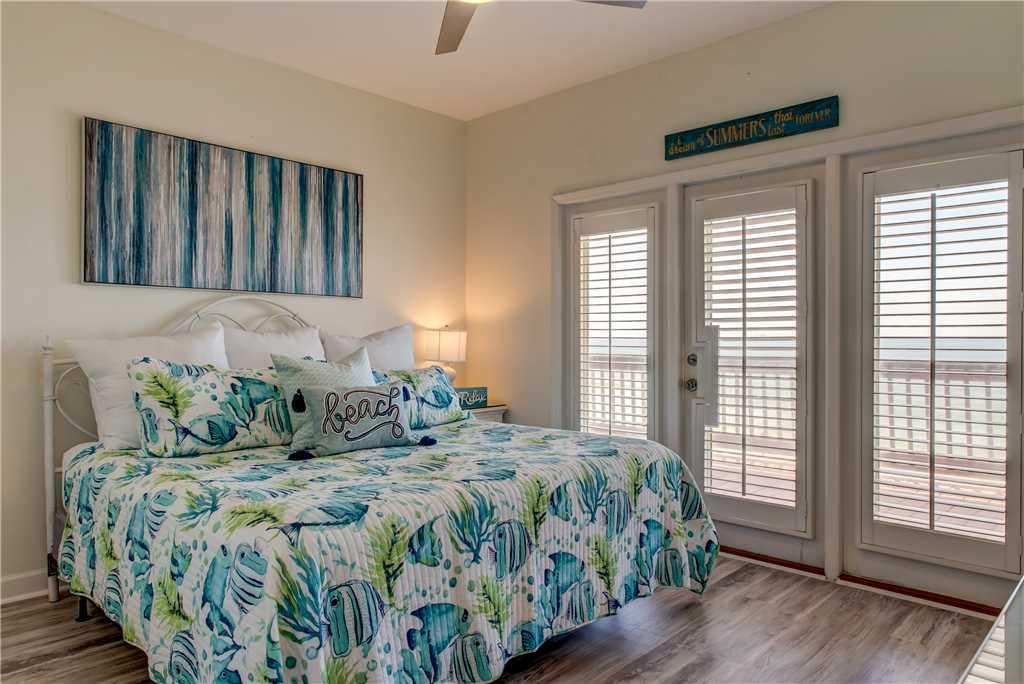 45 SE Gulf King Bedroom Dauphin Charm