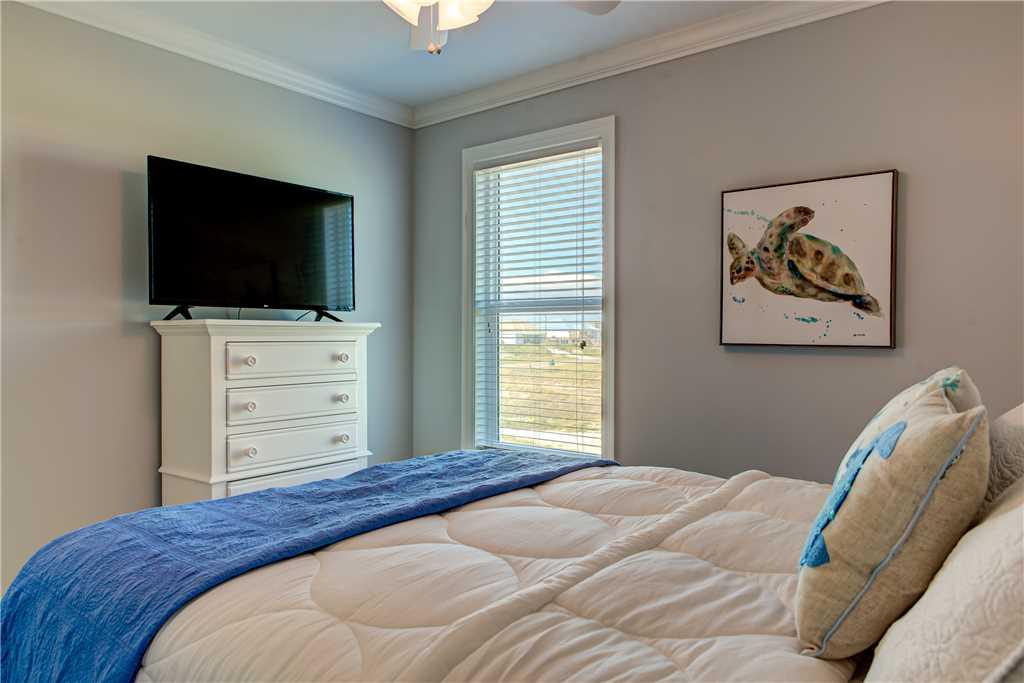 371 West Bedroom The Blu eCrab