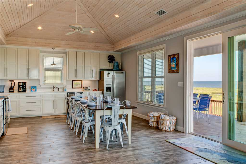200 The Blue Crab Farmhouse Kitdchen Dining