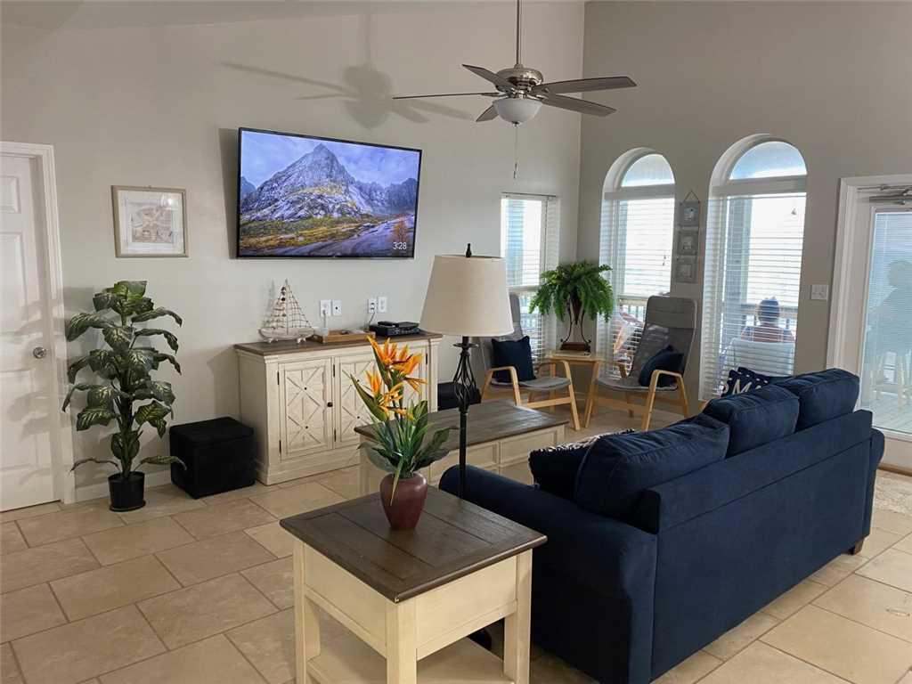 05 Marisol Living Room