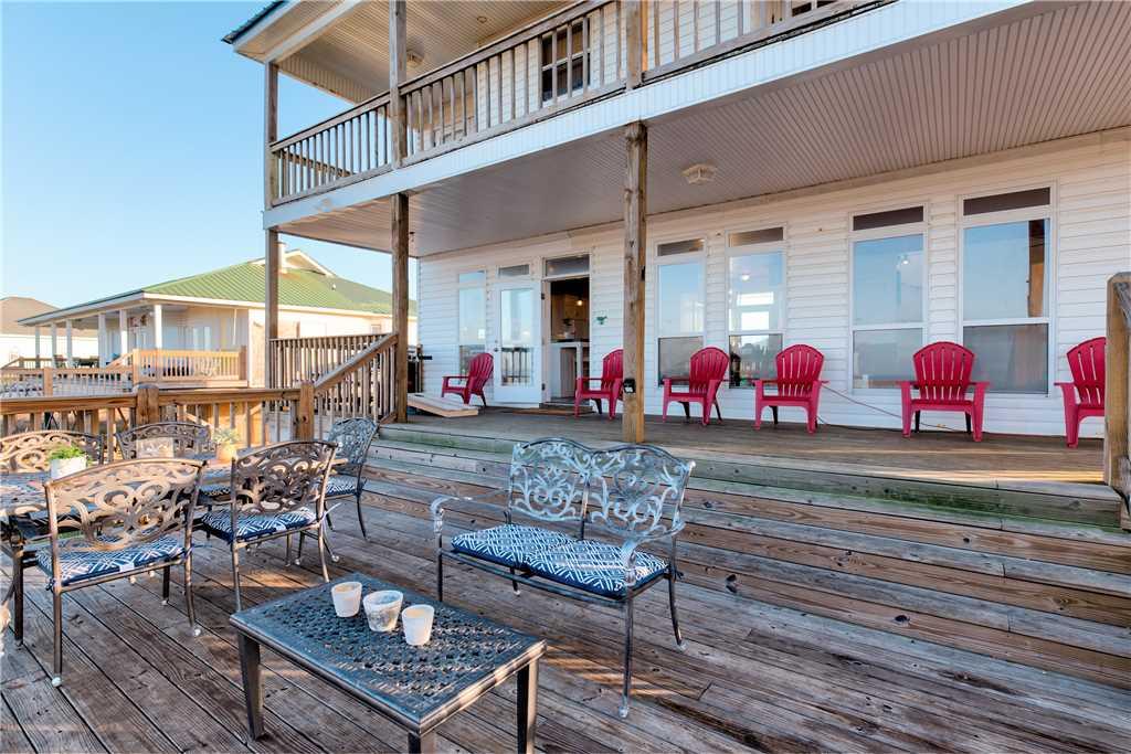 105 Outdoor living on Dauphin Island