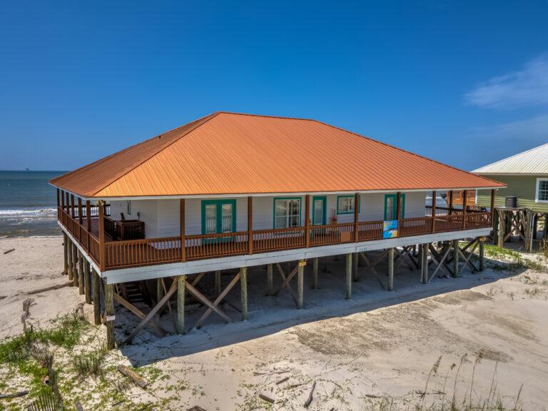 Dauphin Charm Pet Friendly Beach House